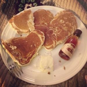 Heart-Shaped-Pancakes