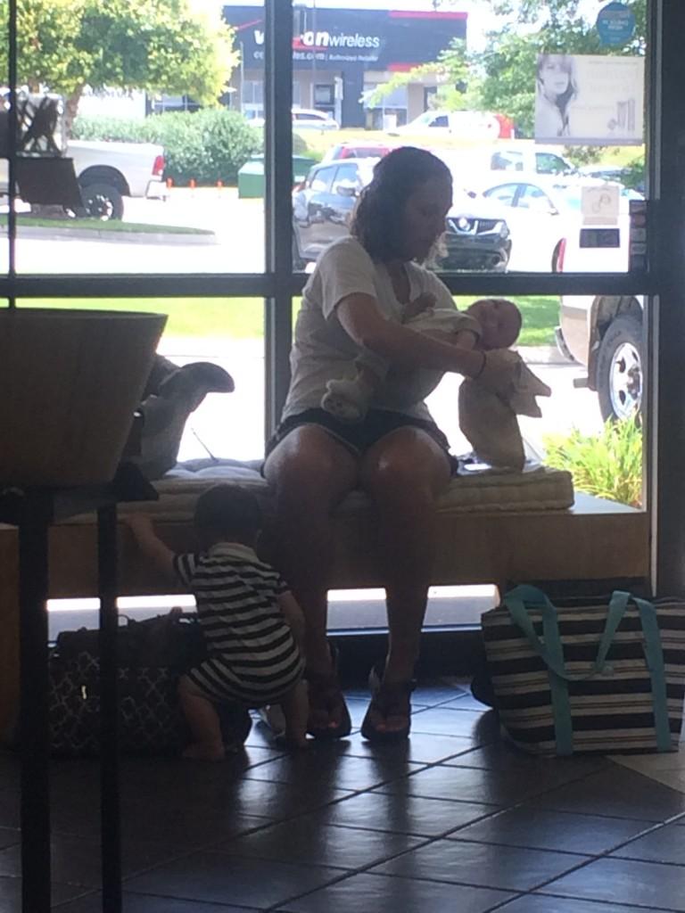 babies-salon-lobby